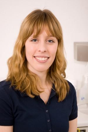 Dr. Anne Schmidt